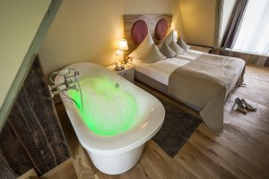 Spa Suite Superior mit Whirlwanne